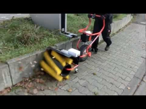 Powerpac Kehrbesen 50cm für Elekto-Schneeräumer ES230 Video Screenshot 58